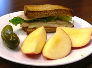 1/2 Turkey & Cheese Whole Grain Sandwich w/Pickle & Apples